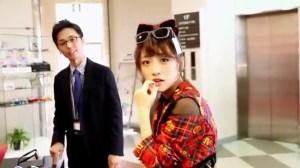 AKB48 高橋みなみ×メガネの愛眼 「ガンガンアイガン」 _ AKB48[公式].mp4_snapshot_03.06_[2016.02.02_01.30.38]