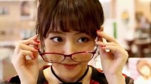 AKB48 高橋みなみ×メガネの愛眼 「ガンガンアイガン」 _ AKB48[公式].mp4_snapshot_03.13_[2016.02.02_01.31.07]
