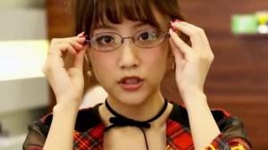 AKB48 高橋みなみ×メガネの愛眼 「ガンガンアイガン」 _ AKB48[公式].mp4_snapshot_03.17_[2016.02.02_01.31.17]